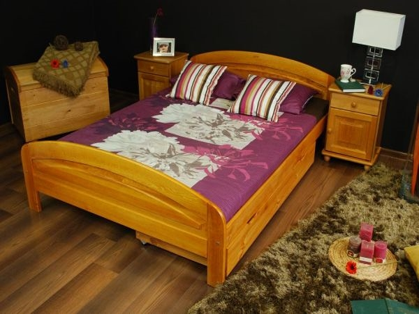 Levná jednolůžková masivní postel Lena 120 x 200